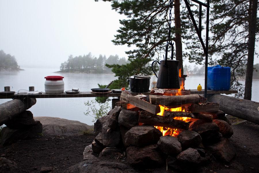 Morgens am Lagerfeuer über dem Stora Gla