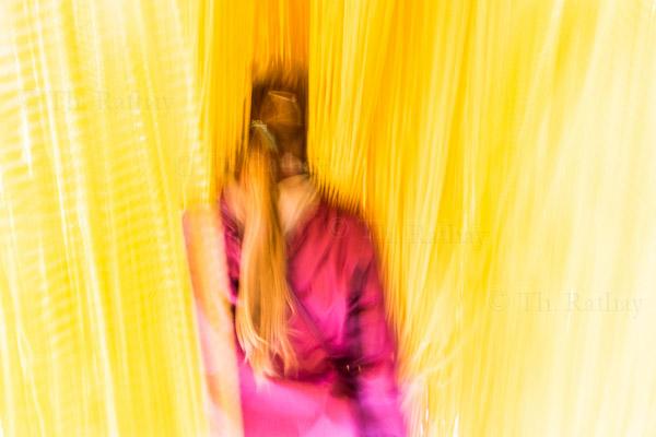 Mädchen im Spaghetti - Vorhang