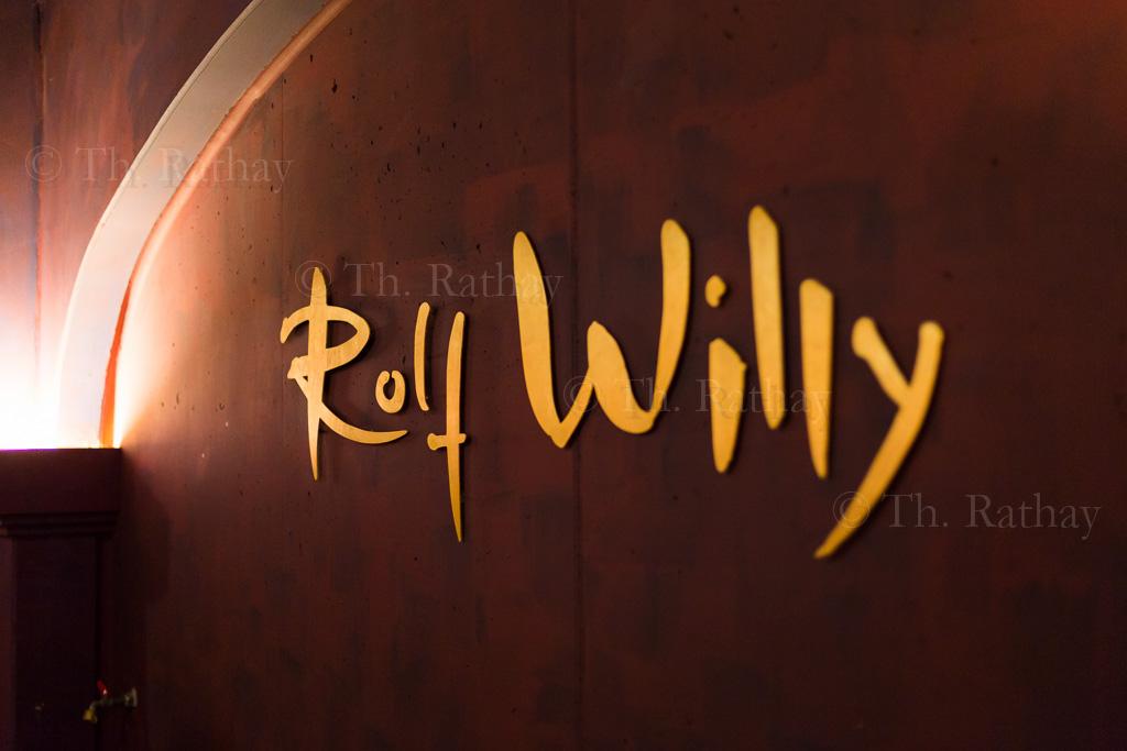 Weinprobe und Kellerführung bei *Rolf Willy*