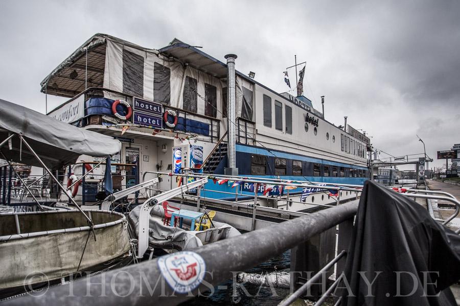 Hausbootfeeling auf der Spree in Berlin