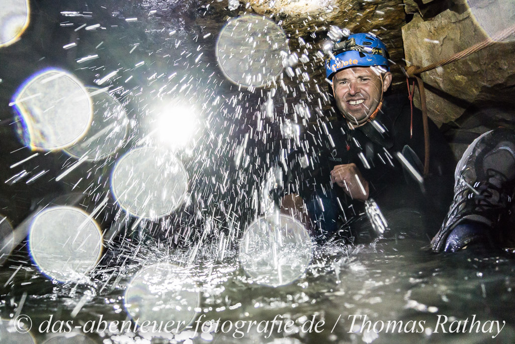 Exkursion in die Falkensteiner Höhle auf der Schwäbischen Alb