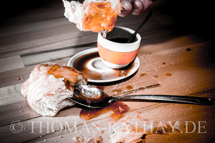 Kaffee, Espresso, Croissant