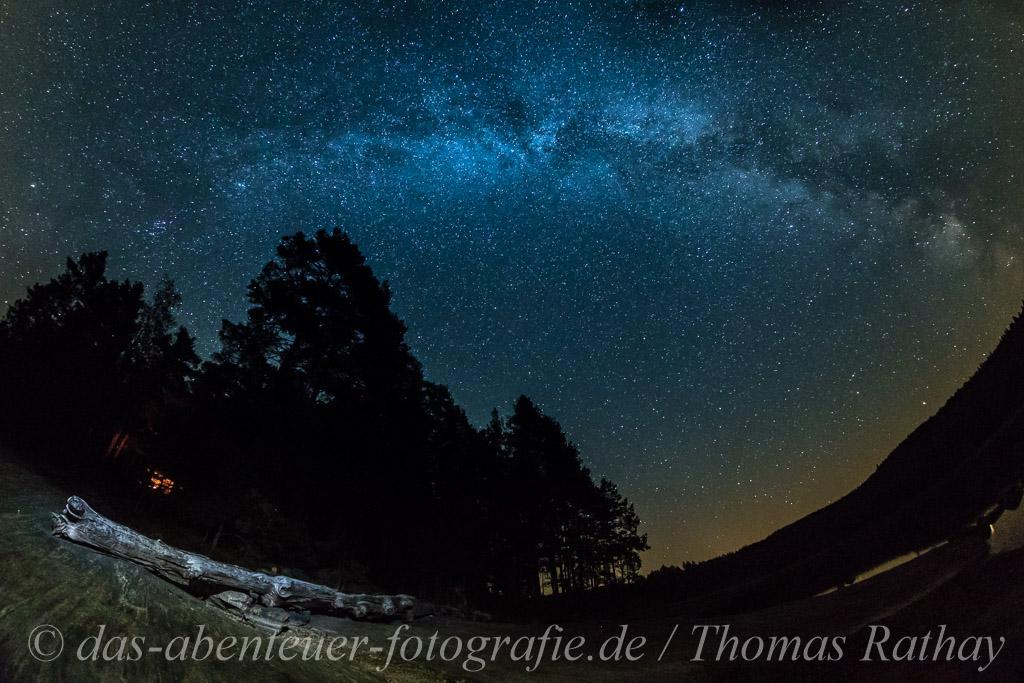 Sterneklare Nacht mit Milchstrasse in Värmland