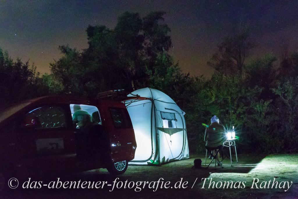 Nachts auf dem Zeltplatz