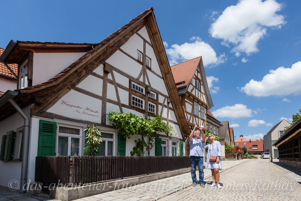 Fotografierendes Paar in Metzingen