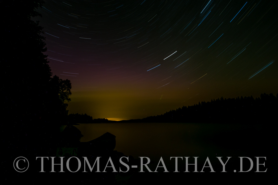 Polarlichter, Sternschuppen und ein ruhiger See